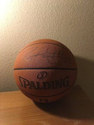 Blake Griffin LA Clippers Signed Spalding Replica Basketball Signed in  Silver 804dcf9b9