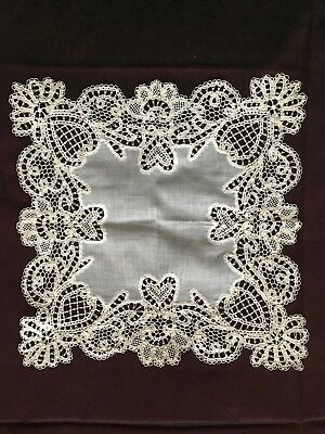 "GORGEOUS FRENCH NEEDLE work LACET LACE HANDKERCHIEF 11 3/4"" Square"