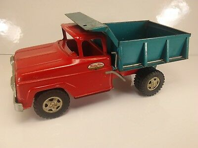 VINTAGE PRESSED STEEL TONKA TOYS DUMP TRUCK Red and Blue 1960's  - MOUND, MINN.