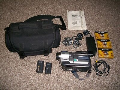 Sony Handycam Vision Video Camera CCD-TRV68 Camcorder Hi8 Video8 w/ Accessories