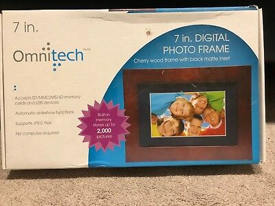 "Pandigital PAN7056W01T 7"" Digital Picture Frame"