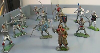 VINTAGE CRESCENT TOYS PLASTIC KNIGHTS mixed lot britains present & lone star