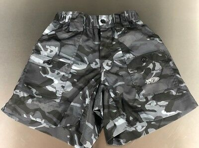 Aftco Youth Original Fishing Shorts, Size 24 (equivalent to Small) - Black Camo