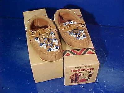 MIB 1930s BEAD Decorated BABY Leather INDIAN MOCCASINS w Orig BOX