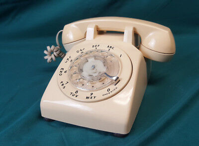 Vintage Western Electric AT&T Beige Rotary Dial Telephone Desk Phone 500DM