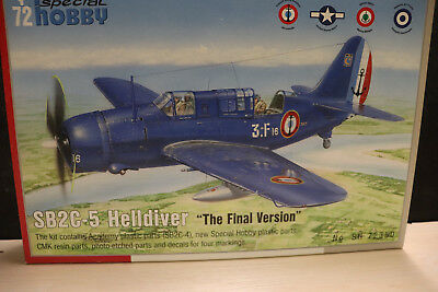 "Curtiss SB2C-5 ""Helldiver"" Final Version USN,France, Italy Special Hobby 1/72"