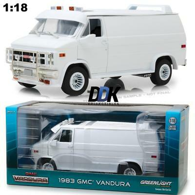 GREENLIGHT 13522 1983 GMC Vandura Custom - Diecast Model Van 1:18