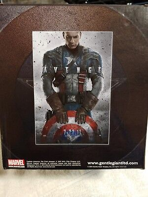 SDCC Gentle Gaint Captain America First Avenger Bust. Marvel New Limited Edition