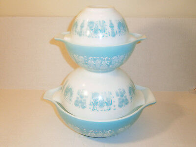 PYREX Vintage Amish Butterprint Rooster White Turquoise Nesting Mixing Bowls