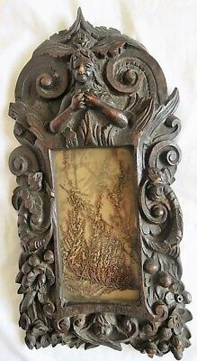 17th Century NORTH EUROPEAN CARVED OAK FRAME WITH GLASS INSET (c1900)