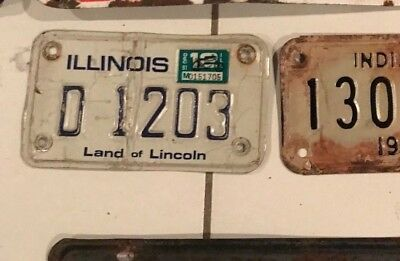 1981 MOTORCYCLE LICENSE PLATE ILLINOIS D 1203 land of lincoln