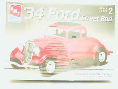 1/25 AMT ERTL 34 Ford Street Rod Plastic Scale Model Classic Muscle Car Kit NEW