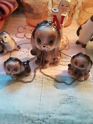 Vtg. Giftcraft Ceramic Mommy and Pups on chain