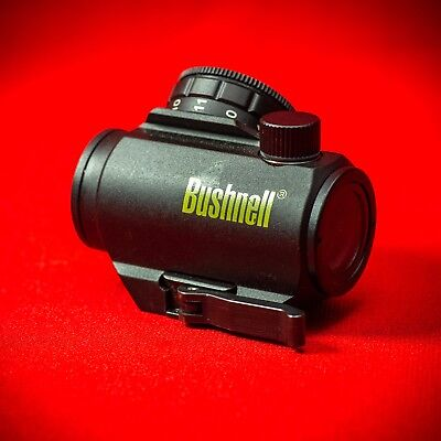 Bushnell TRS 25 red dot sight / Picatinny QD Base Mount Included / Used