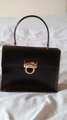 18e16eae7767 VTG SALVATORE FERRAGAMO Evening Bay-leaf Bronze Metallic Leather ...