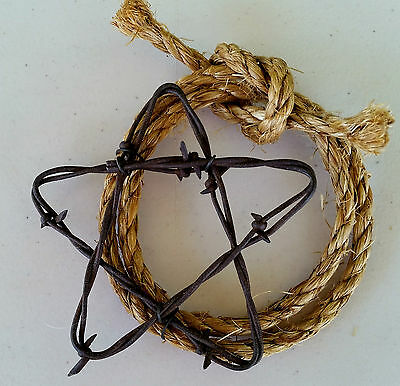 "Rusty Barbed Wire 4"" Star and Rope (Lariat) Rustic Western Farm Ranch Wall Decor"