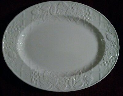 Mikasa ENGLISH COUNTRYSIDE DP900  Oval Platter - 15 1/4 in. - Pristine -