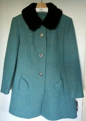 Vintage green 1960s pure wool coat, faux fur collar, mod swing (Medium/12)