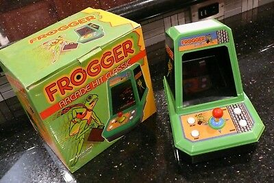 FROGGER  LED  Electronic Tabletop Handheld  Game Excalibur    ✨NEW IN BOX✨