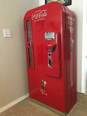 1949 antique Coke machine. Fully restored, excellent working condition