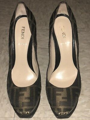 16295290c85c GUCCI NAVY AND White Sally Leather Wedge Platforms - Size 36.5 Used ...