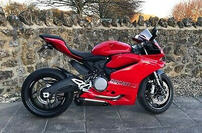 Ducati 959 Panigale, 2017, Tri Cup edition, low miles, 4 months Mfrs warranty