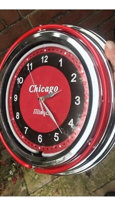 AMERICAN DINER STYLE  NEON DUEL LIGHT CHROME EFFECT WALL CLOCK Keeps Good Time
