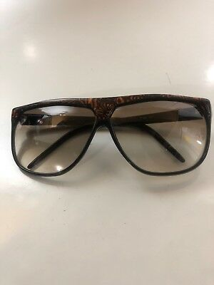 Vintage LAURA BIAGIOTTI Italy sunglasses black with brown P20 62L