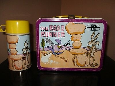Vintage The Road Runner Metal Lunchbox w/Thermos - Nice Shape!