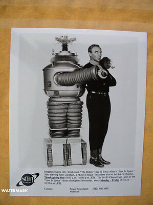Lost In Space ORIGINAL Sci-Fi Channel Publicity Photo Dr Smith & Robot