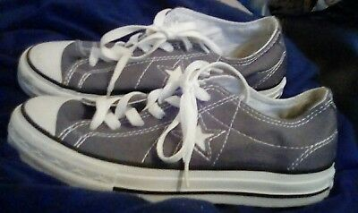 Grey CONVERSE One Star Low Tops Sneakers Shoes Sz 5.5 Women's Gray