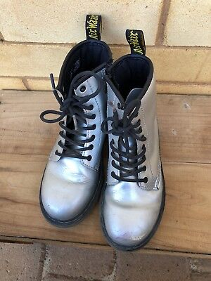 Dr Martens Size 3 Silver Leather Delany Unisex Kids Boys Girls Boots Fashionista