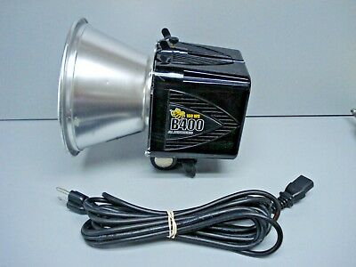 "Paul C Buff 160 WS Alien Bees B400 Pro Photoflash Studio Strobe w/ 7"" reflector"