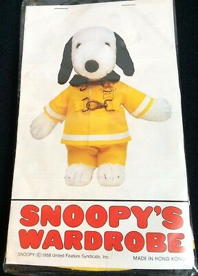 """Snoopy's Wardrobe Fireman Outfit 10"""" Snoopy Clothes Peanuts 1979 Vintage"""