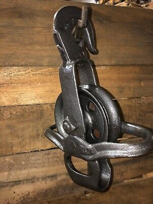 Antique Vintage Cast Iron Barn Pulley