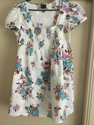 Ladies floral maternity top size 12 from maternity Expression