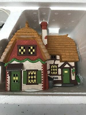 Department 56 Dickens' Village Collectible Cobb Cottage  #58246   Mint In BOX