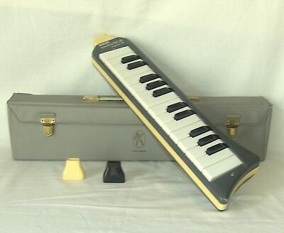 Hohner Melodica piano 26 Made in Germany Blechgehäuse 2x Mundstück