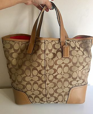 d9e81e526aaf COACH HANDBAG SIGNATURE Canvas Fabric Brown Satchel White Leather ...