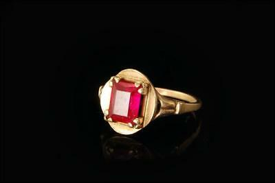 Old Pink Sapphire 10K Yellow Gold Ring  A67360