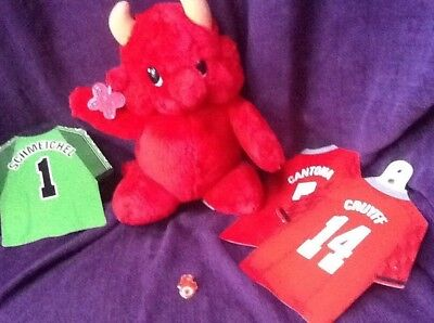 Manchester United Devil Pin, Russ Red Devil, Cantona, Cruyff, Schmeichel Shirts