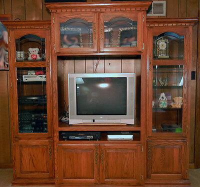 Entertainment Ctr, Wall Unit, 3 Pc, Solid Oak Wood, Glass Shelves, Int Lighting