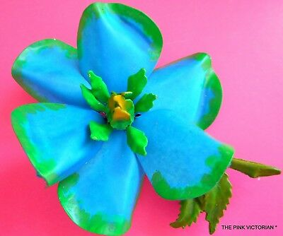 Curvy Hand Painted Blue Enamel Vintage Metal Flower Pin,brooch, Costume Jewelry