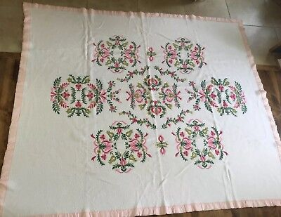 Vintage Pretty Acrylic Blanket Bedspread Floral With Satin Edge 68 X 80""
