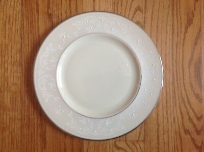 """LENOX PEARL INNOCENCE ACCENT Luncheon Plate 9 1/8"""" NEW with tag LOVELY USA!"""