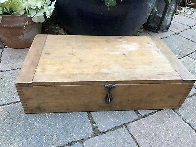 Antique Handmade Old Wooden Flat Top Church Religious Tools Storage Box Clasp