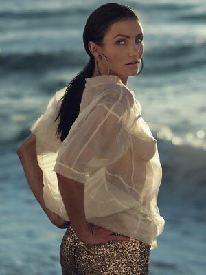 Cameron Diaz With Her Transparent Shirt 8x10 Photo Picture Print