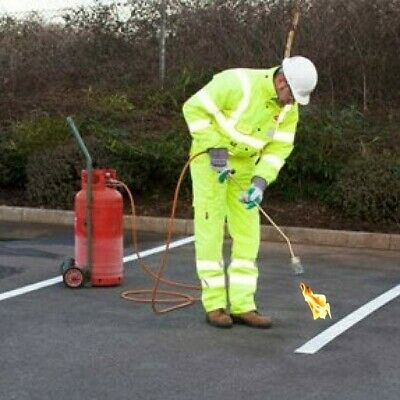 Pre-Formed Torch-On Road Marking Car Park Sign White Yellow Reflective Non-Slip