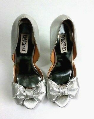6243955a988 Badgley Mischka Womens Silver Heels Sz 6M Open-toed Metallic Leather Shoes