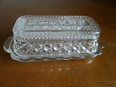 """Vintage Anchor Hocking """"Wexford"""" 1/4 Pound Covered Butter Dish"""